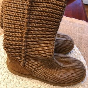 UGG short knit boots